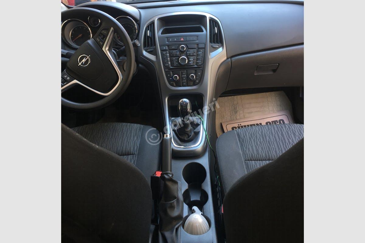 Opel Astra Buca Kiralık Araç 5. Fotoğraf