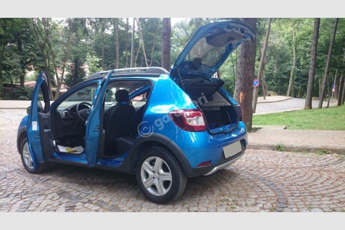 Dacia Sandero Stepway Beykoz Kiralık Araç 2. Fotoğraf
