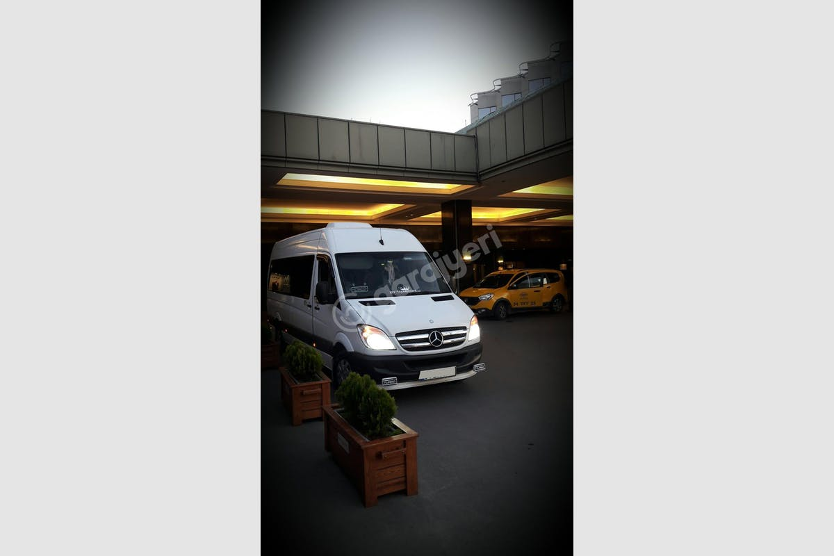 Mercedes - Benz Sprinter Esenler Kiralık Araç 5. Fotoğraf
