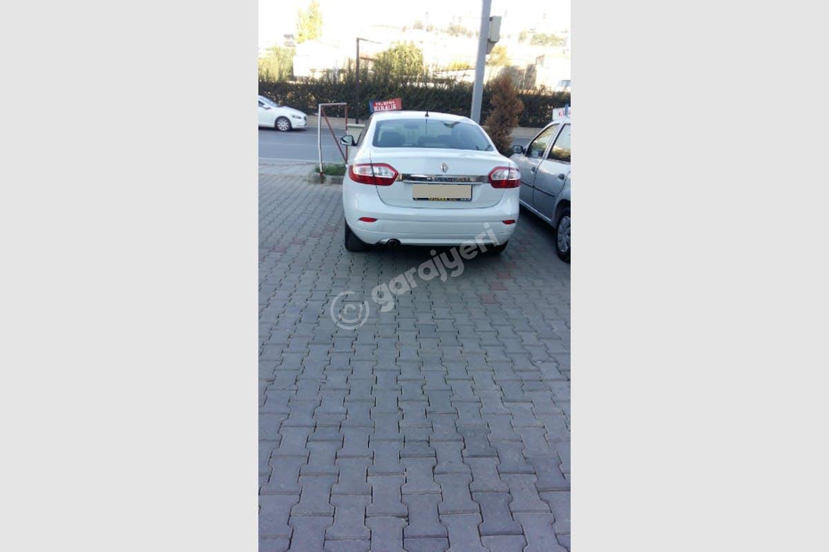 Renault Fluence Çiğli Kiralık Araç 1. Fotoğraf