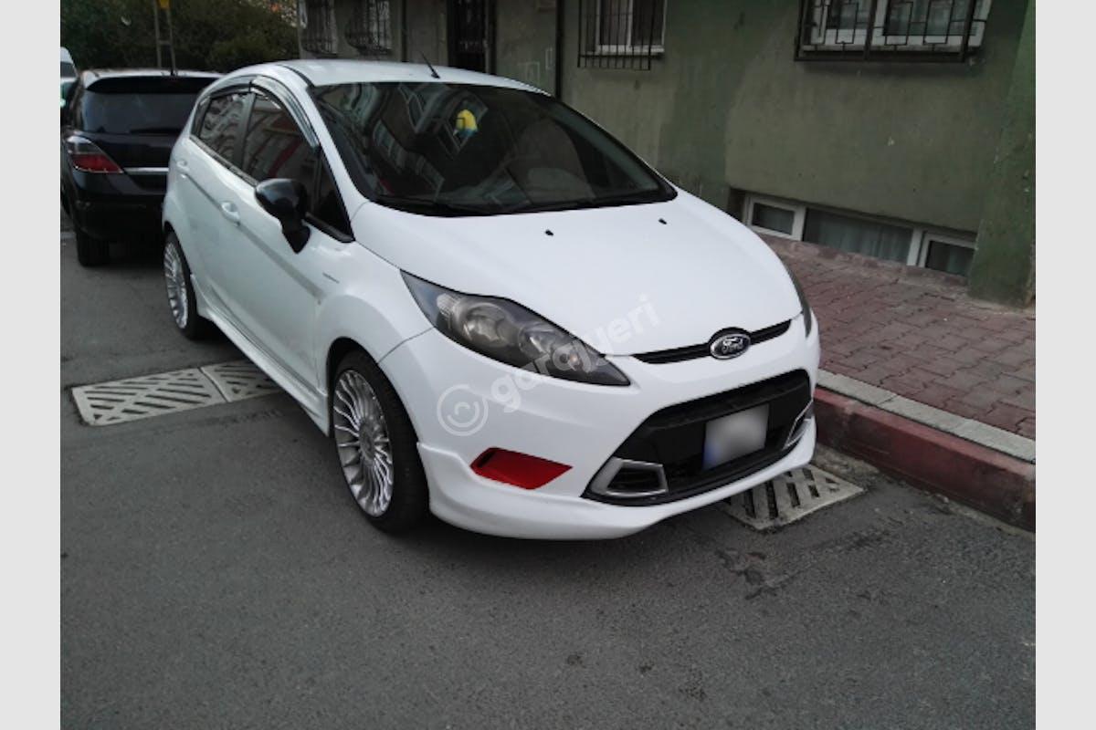 Ford Fiesta Avcılar Kiralık Araç 1. Fotoğraf