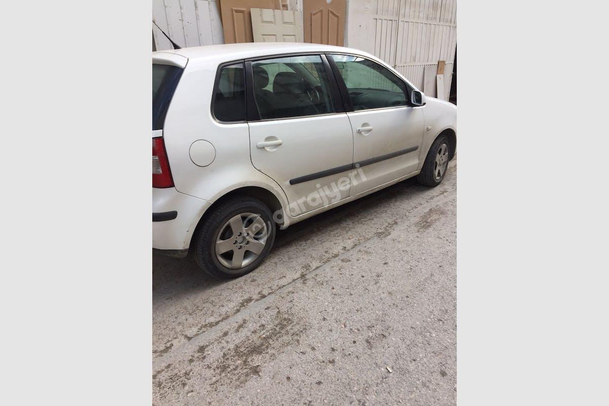 Volkswagen Polo Karabağlar Kiralık Araç 2. Fotoğraf