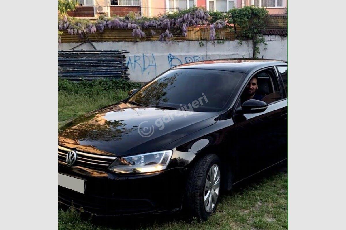 Volkswagen Jetta Esenler Kiralık Araç 1. Fotoğraf