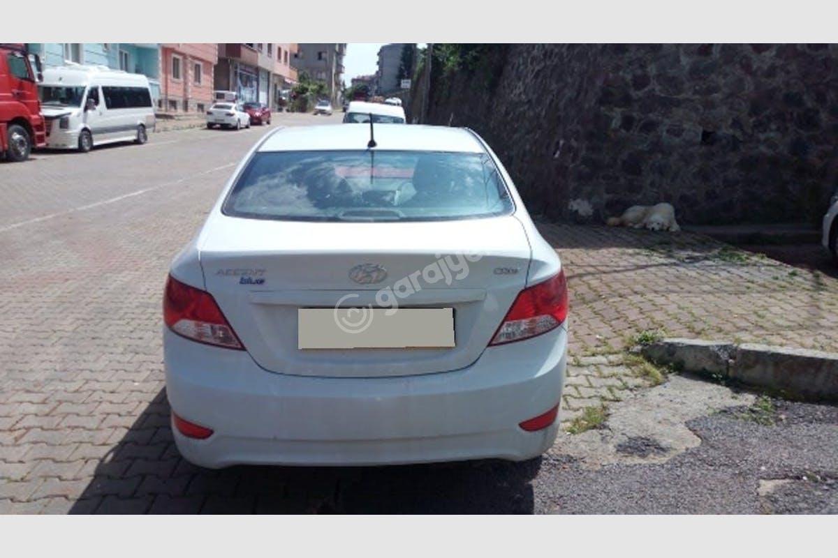 Hyundai Accent Nilüfer Kiralık Araç 2. Fotoğraf