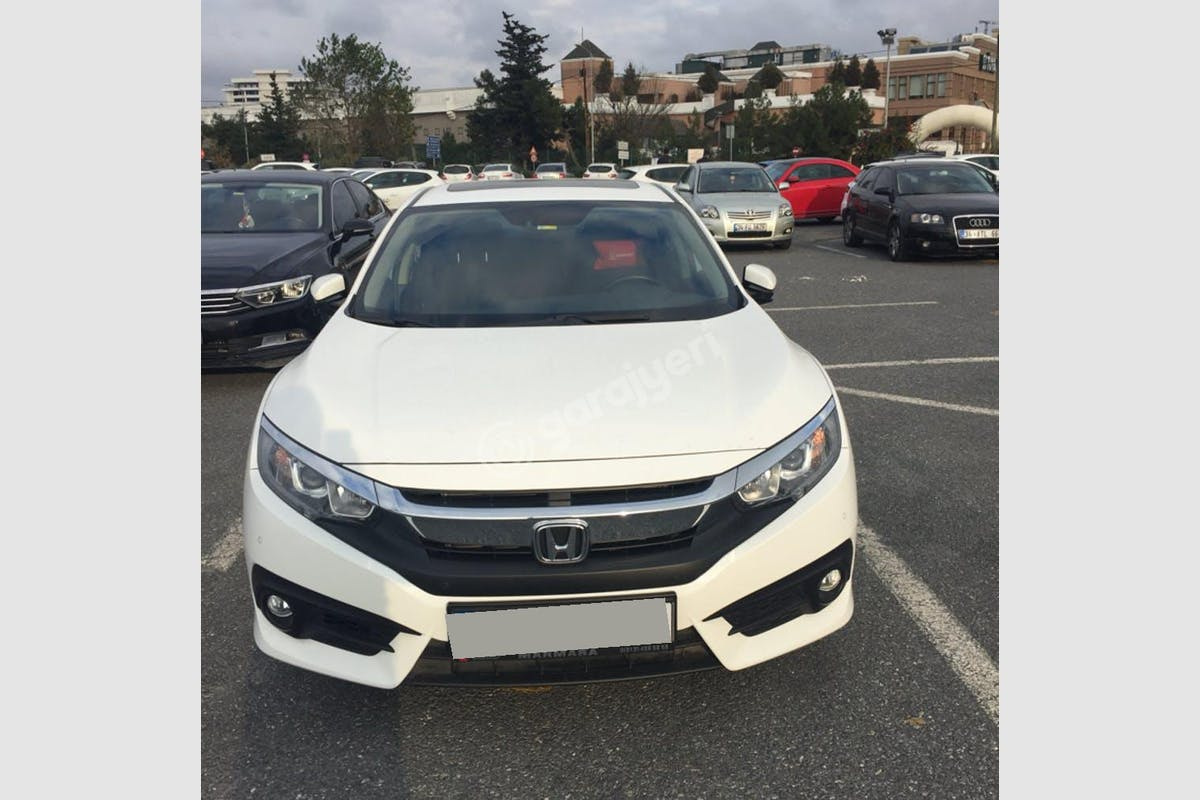 Honda Civic Esenyurt Kiralık Araç 4. Fotoğraf