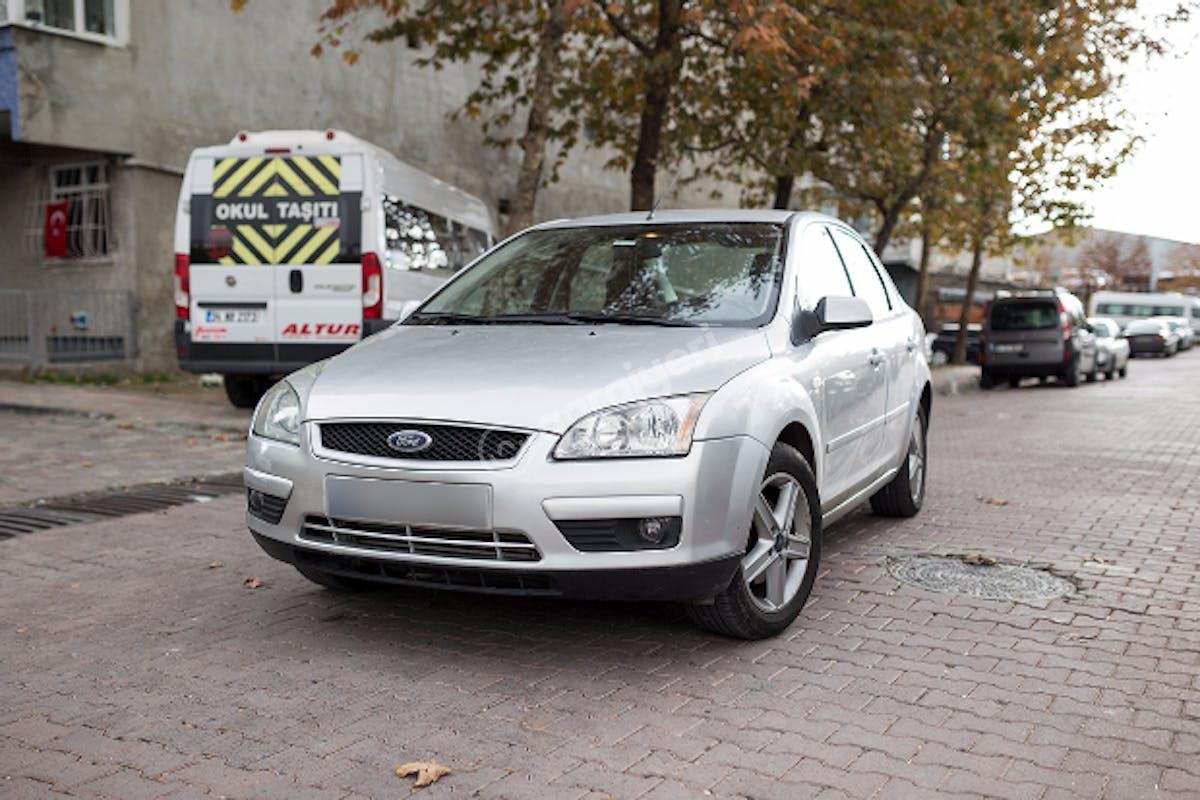 Ford Focus Bahçelievler Kiralık Araç 1. Fotoğraf