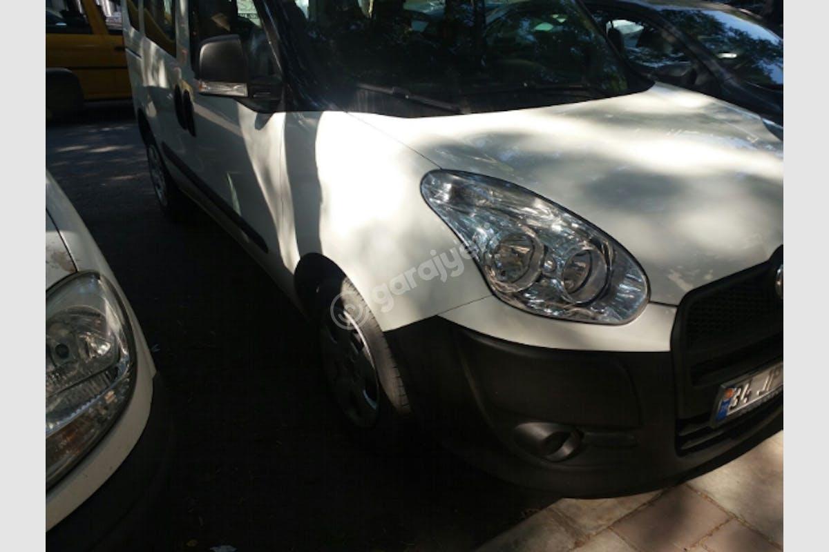 Fiat Doblo Karşıyaka Kiralık Araç 1. Fotoğraf