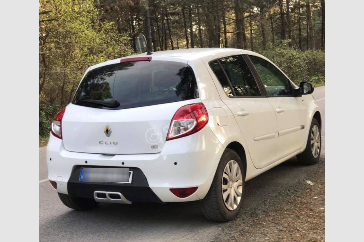 Renault Clio Ümraniye Kiralık Araç 2. Fotoğraf
