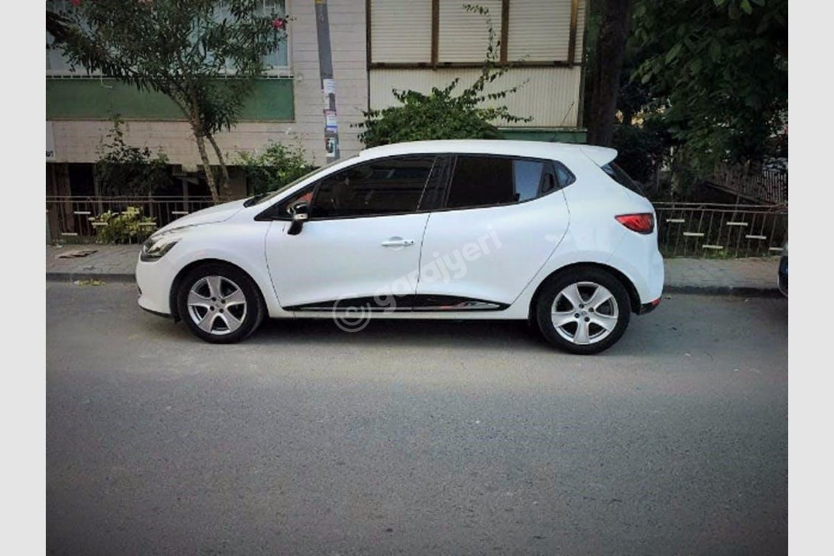 Renault Clio Bakırköy Kiralık Araç 4. Fotoğraf