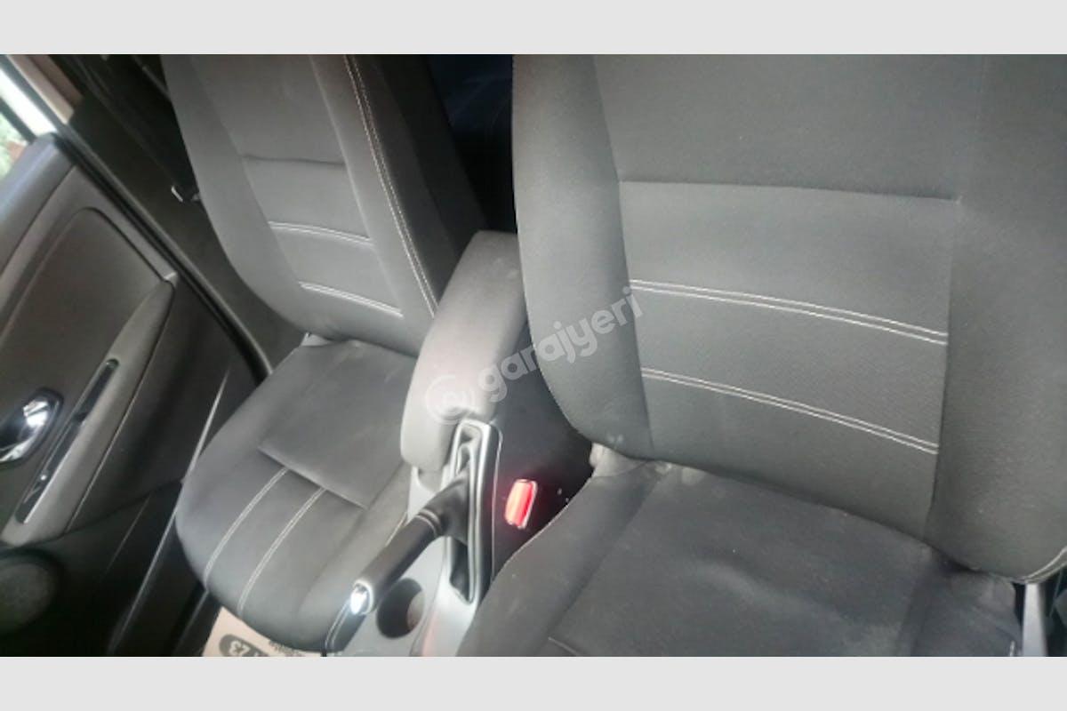 Renault Fluence Karşıyaka Kiralık Araç 4. Fotoğraf