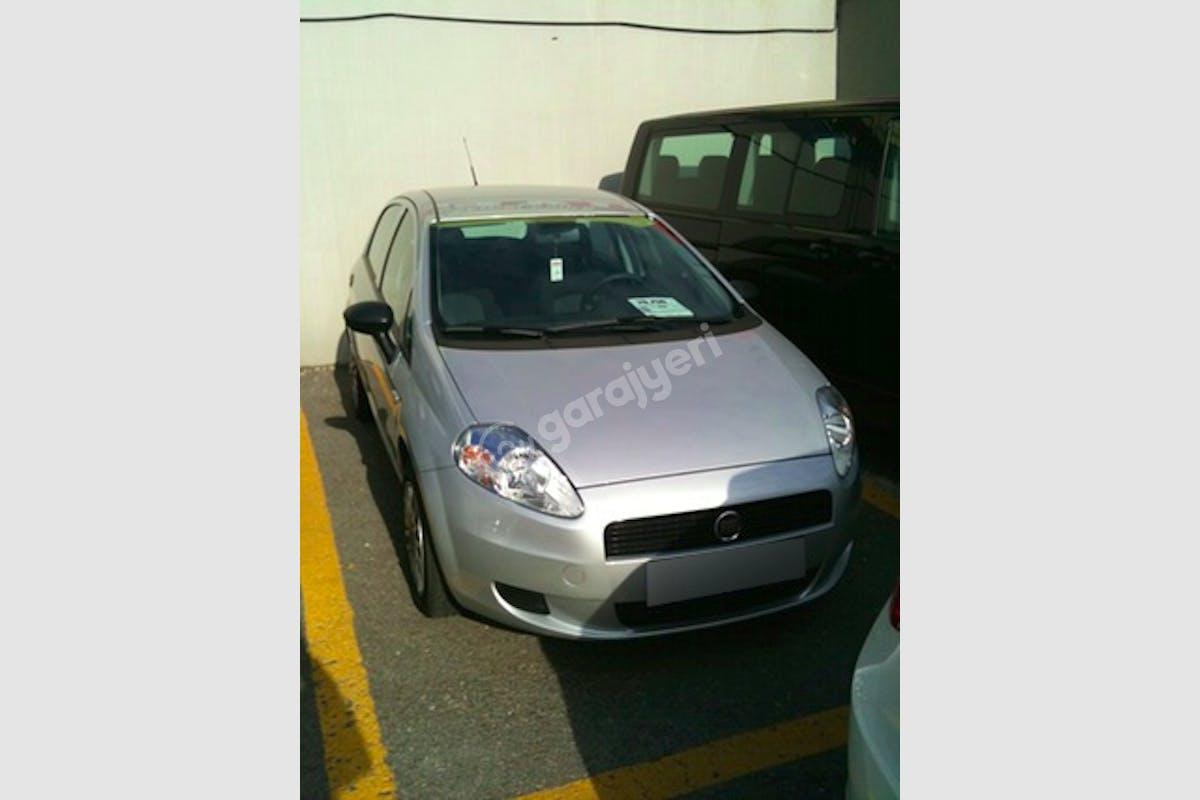 Fiat Punto Kartal Kiralık Araç 1. Fotoğraf