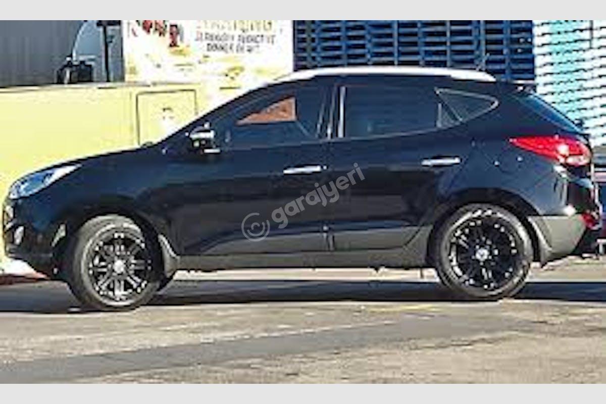 Hyundai ix35 Küçükçekmece Kiralık Araç 1. Fotoğraf
