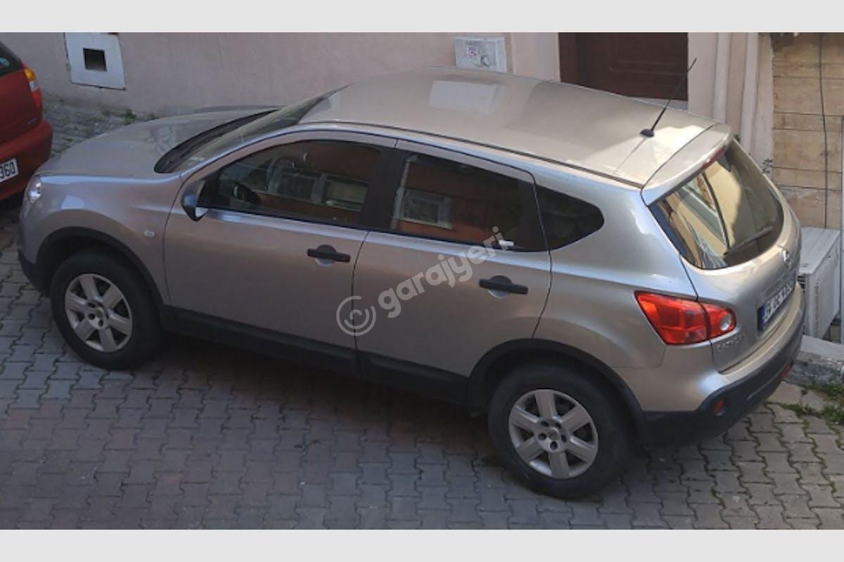Nissan Qashqai Sarıyer Kiralık Araç 1. Fotoğraf