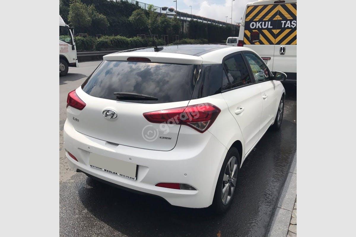 Hyundai i20 Şişli Kiralık Araç 2. Fotoğraf