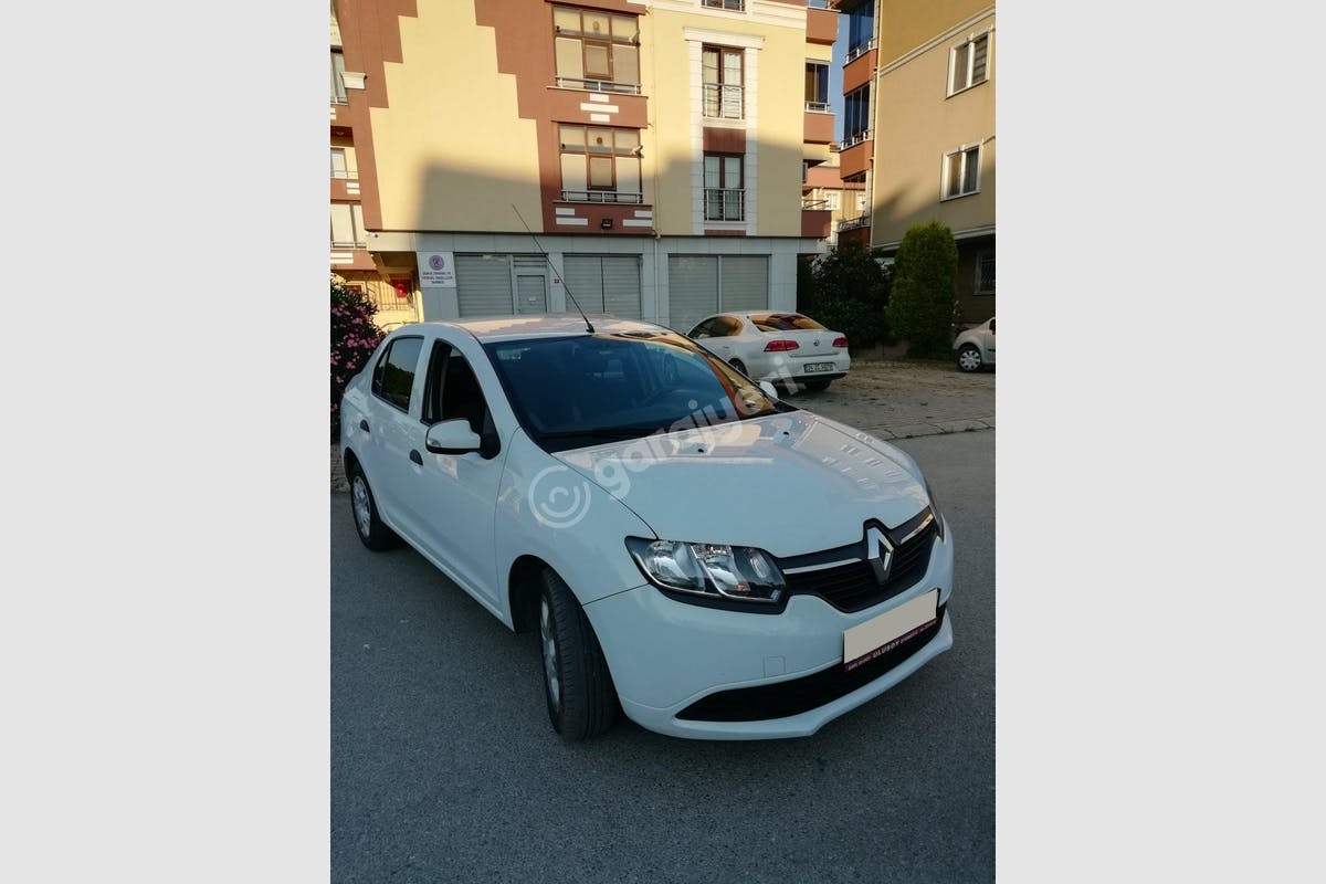 Renault Clio Maltepe Kiralık Araç 1. Fotoğraf
