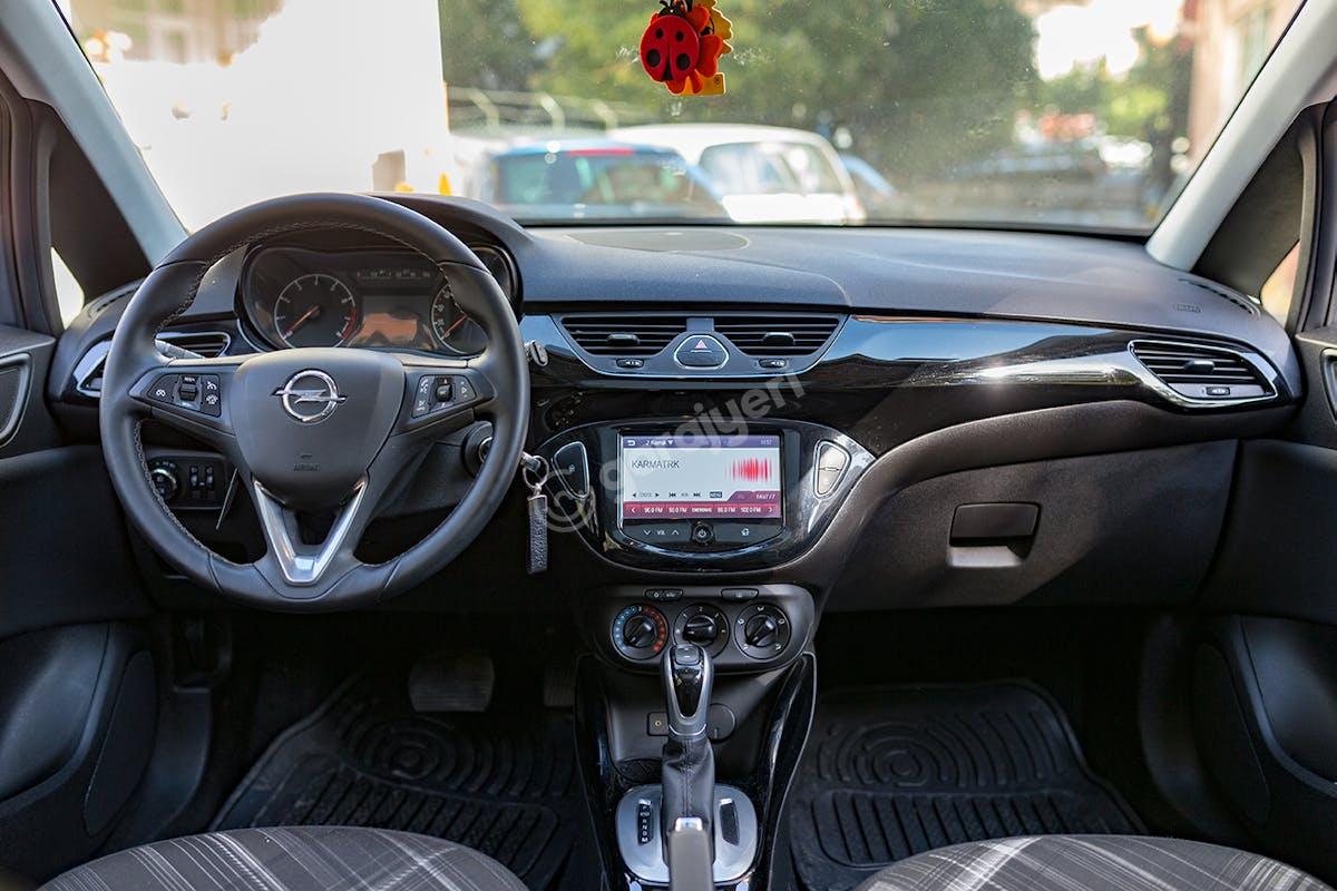 Opel Corsa Kadıköy Kiralık Araç 8. Fotoğraf