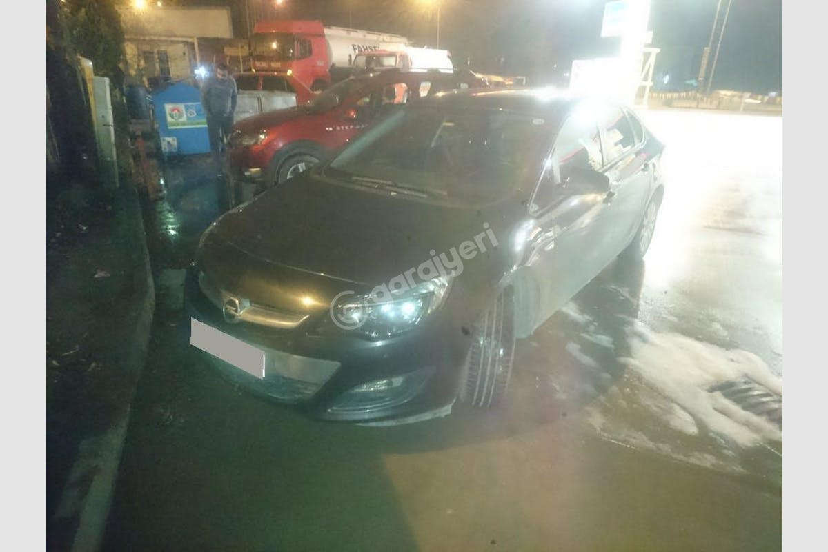 Opel Astra Tuzla Kiralık Araç 1. Fotoğraf