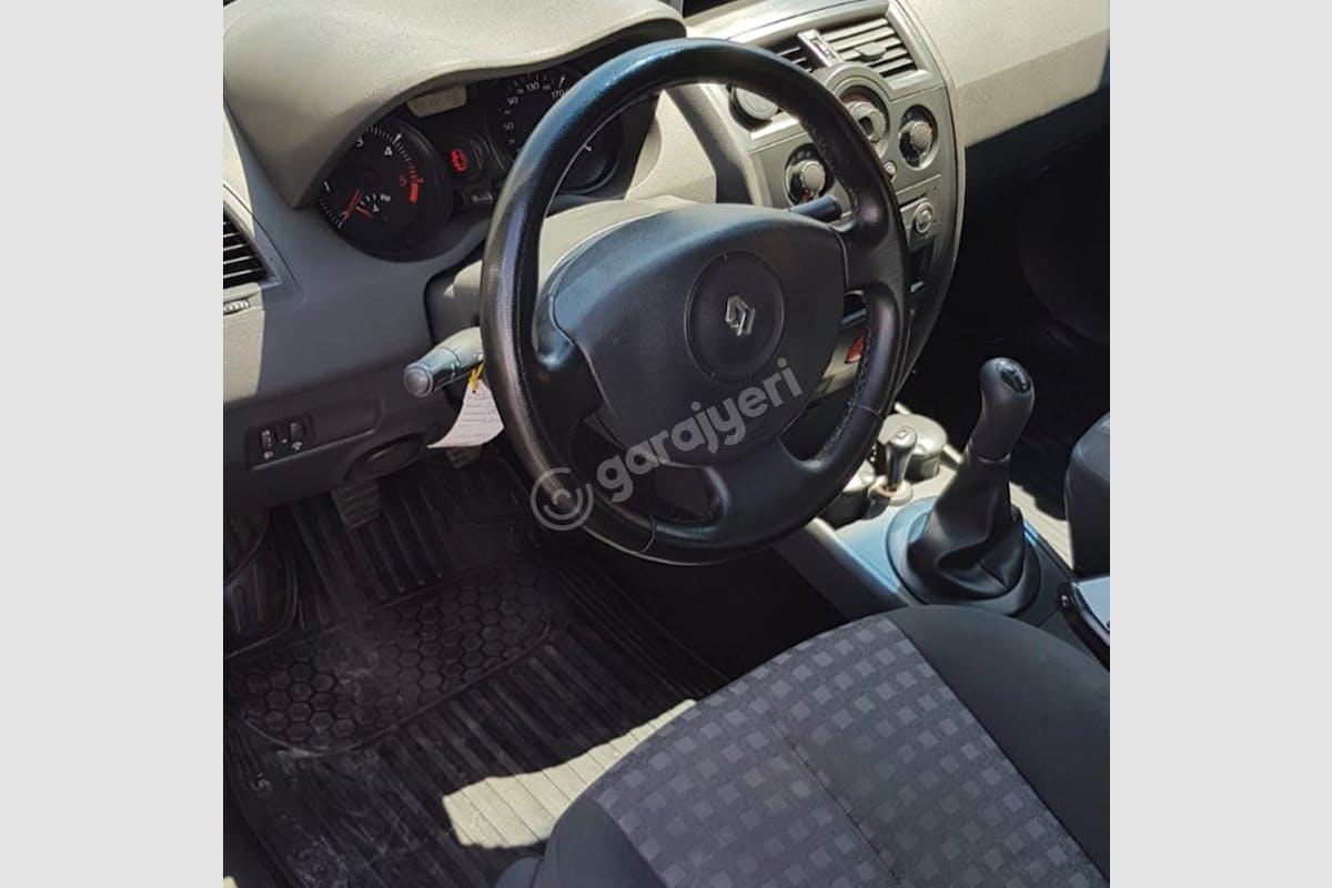 Renault Megane Merkez Kiralık Araç 4. Fotoğraf
