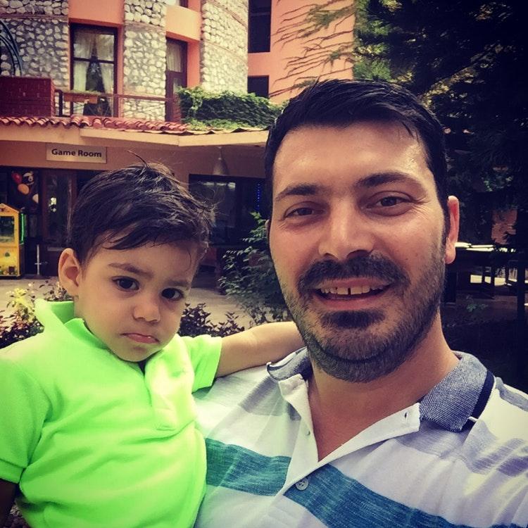 Murat Ç.