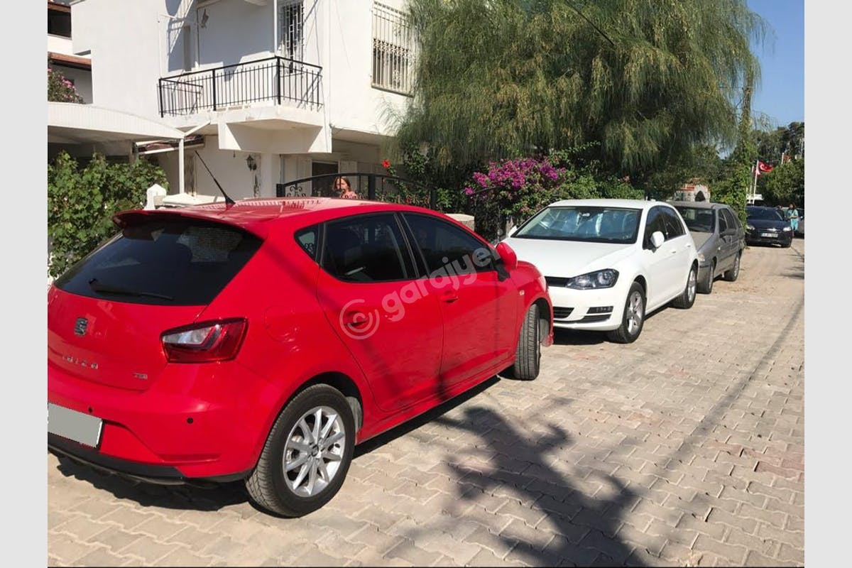 Seat Ibiza Bornova Kiralık Araç 3. Fotoğraf