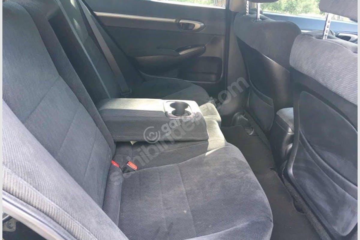 Honda Civic Maltepe Kiralık Araç 4. Fotoğraf