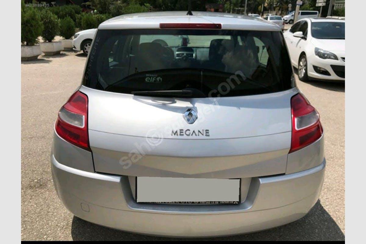 Renault Megane Torbalı Kiralık Araç 4. Fotoğraf