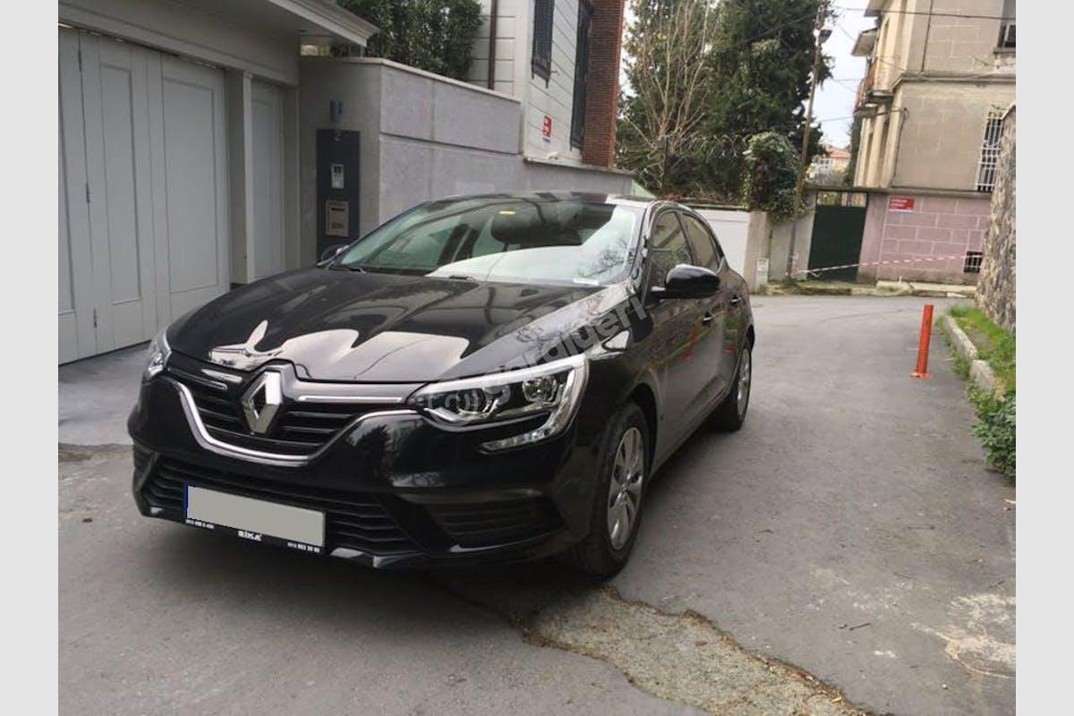 Renault Megane Üsküdar Kiralık Araç 1. Fotoğraf