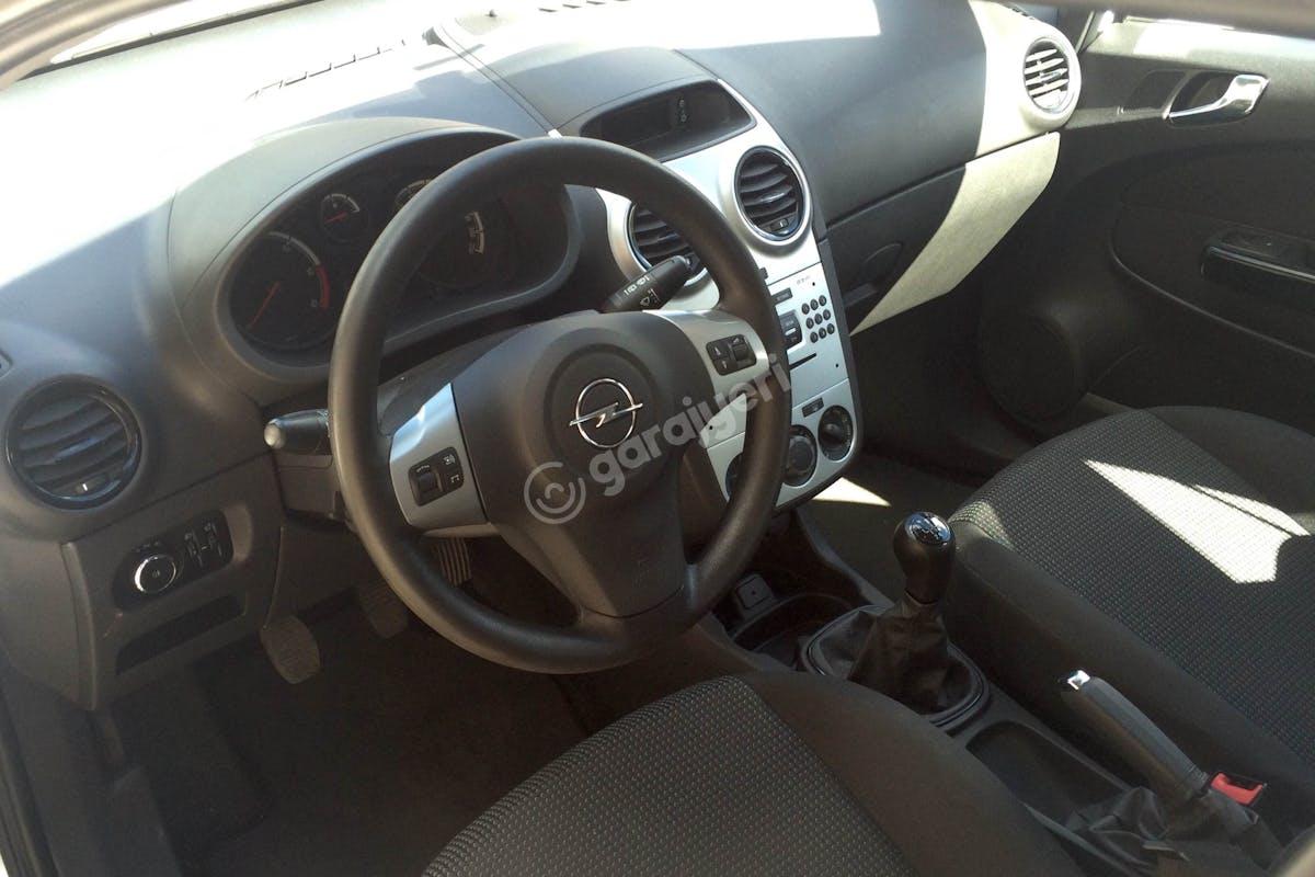 Opel Corsa Üsküdar Kiralık Araç 7. Fotoğraf