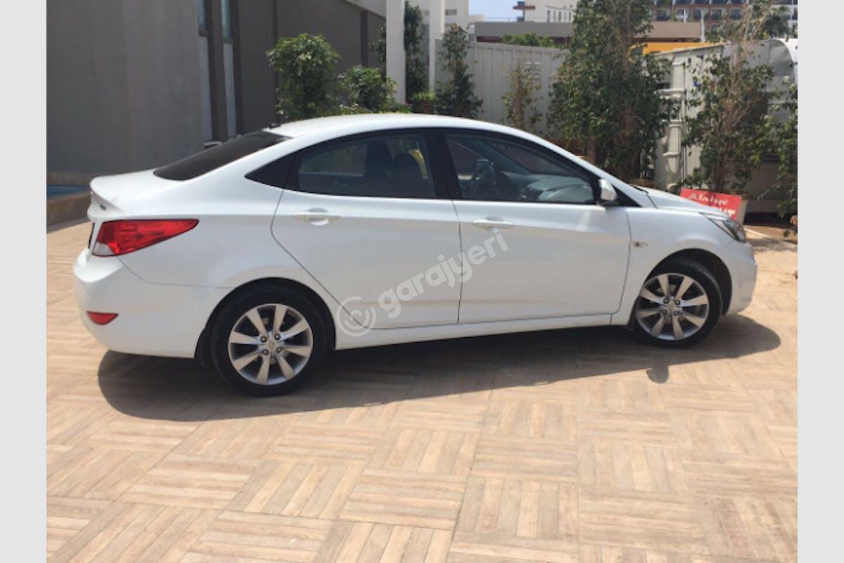 Hyundai Accent Blue Üsküdar Kiralık Araç 5. Fotoğraf