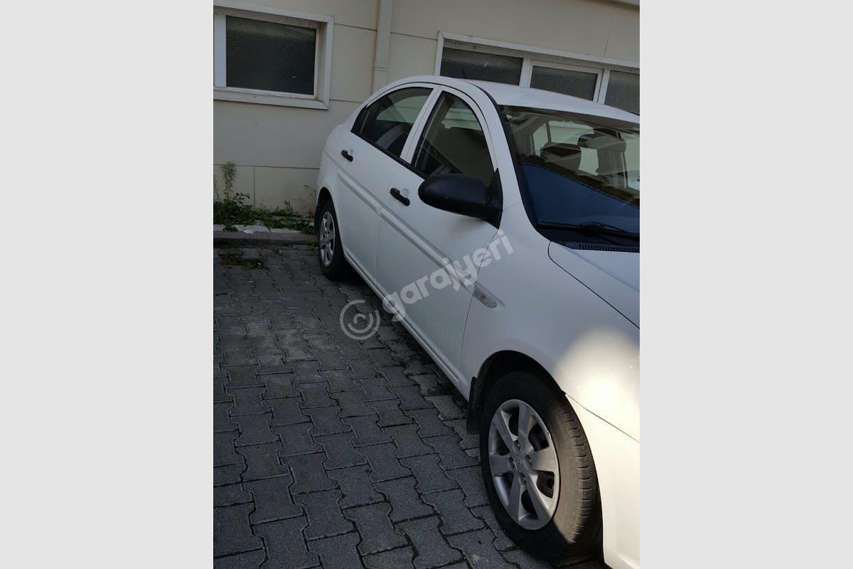 Hyundai Accent Era Ümraniye Kiralık Araç 3. Fotoğraf