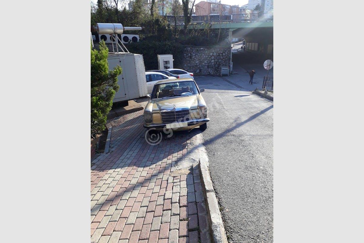 Mercedes - Benz E Sultangazi Kiralık Araç 4. Fotoğraf