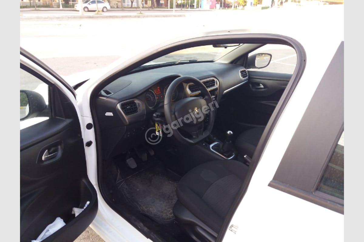 Peugeot 301 Kartal Kiralık Araç 5. Fotoğraf