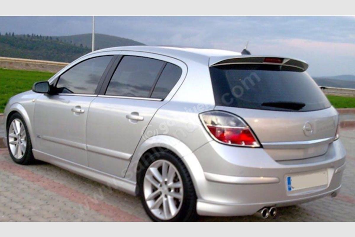 Opel Astra Başiskele Kiralık Araç 5. Fotoğraf
