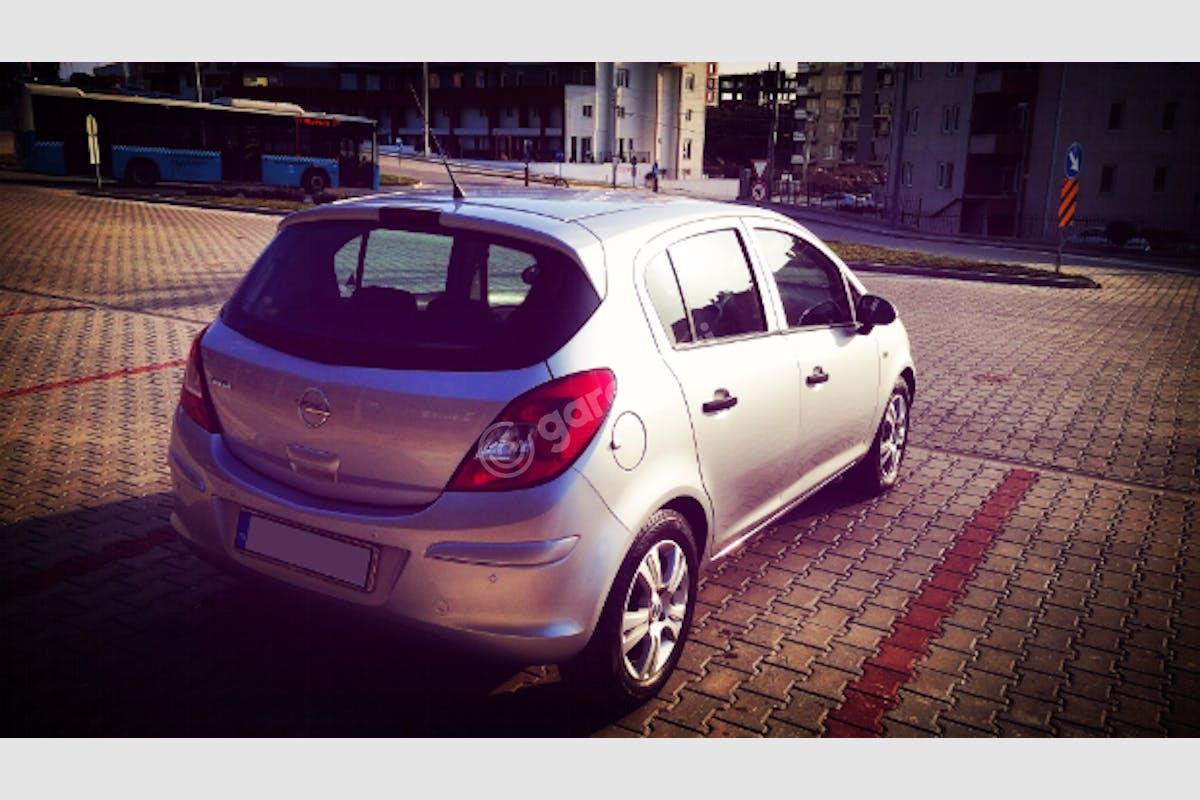 Opel Corsa Merkez Kiralık Araç 5. Fotoğraf