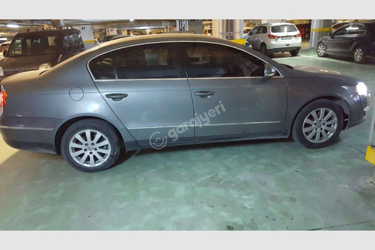 Volkswagen Passat Küçükçekmece Kiralık Araç 2. Fotoğraf