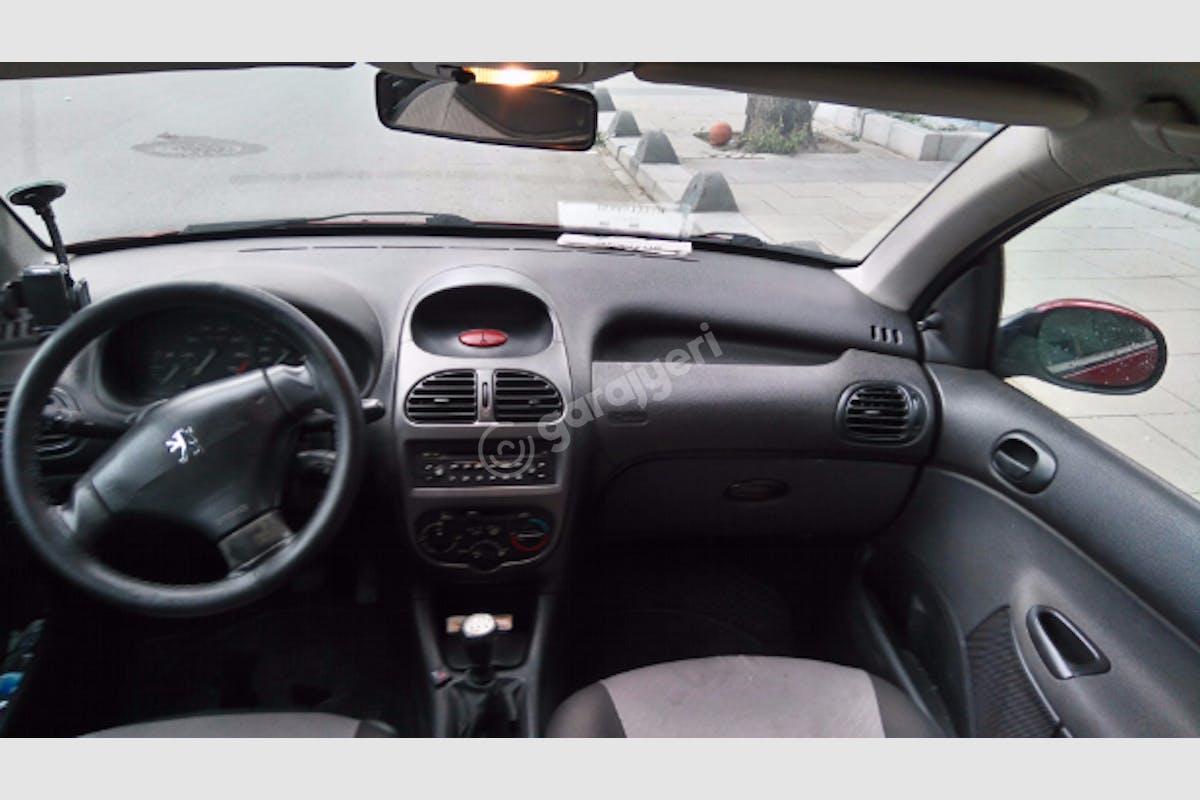 Peugeot 206 Küçükçekmece Kiralık Araç 5. Fotoğraf