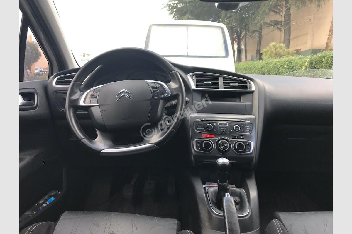 Citroën C4 Ümraniye Kiralık Araç 7. Fotoğraf
