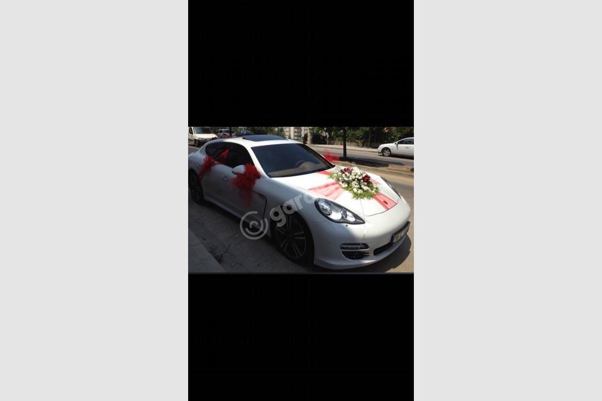 Porsche Panamera Beylikdüzü Kiralık Araç 2. Fotoğraf