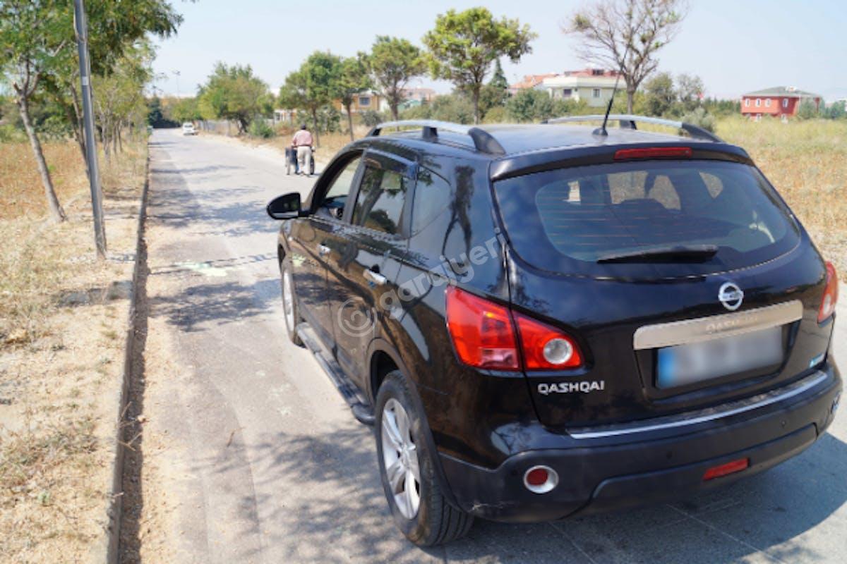 Nissan Qashqai Tuzla Kiralık Araç 7. Fotoğraf