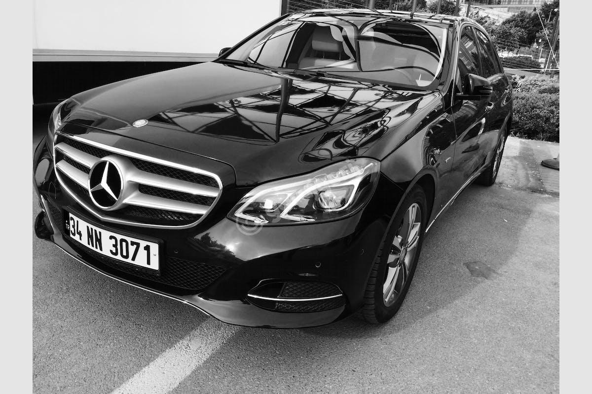 Mercedes - Benz E Kağıthane Kiralık Araç 2. Fotoğraf