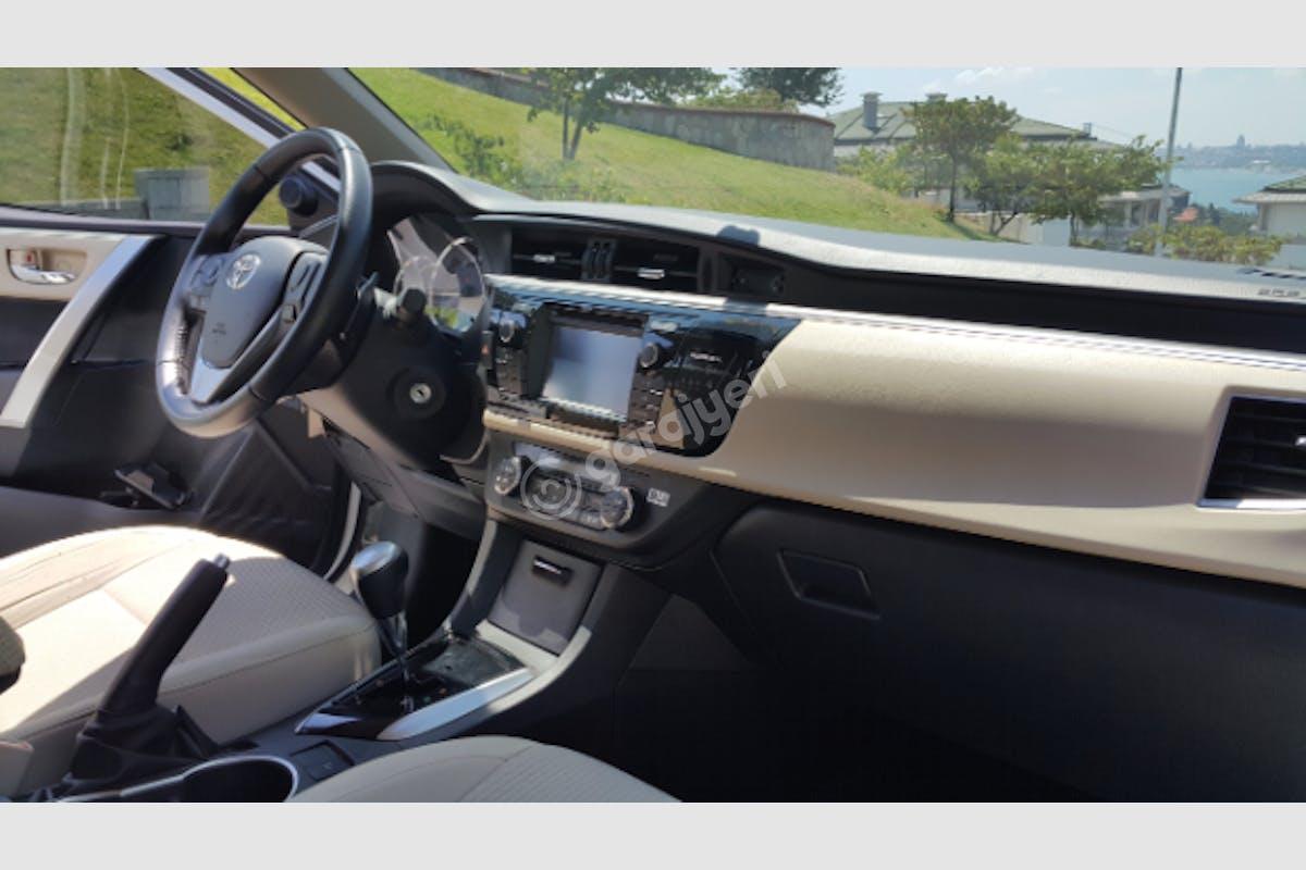 Toyota Corolla Üsküdar Kiralık Araç 5. Fotoğraf