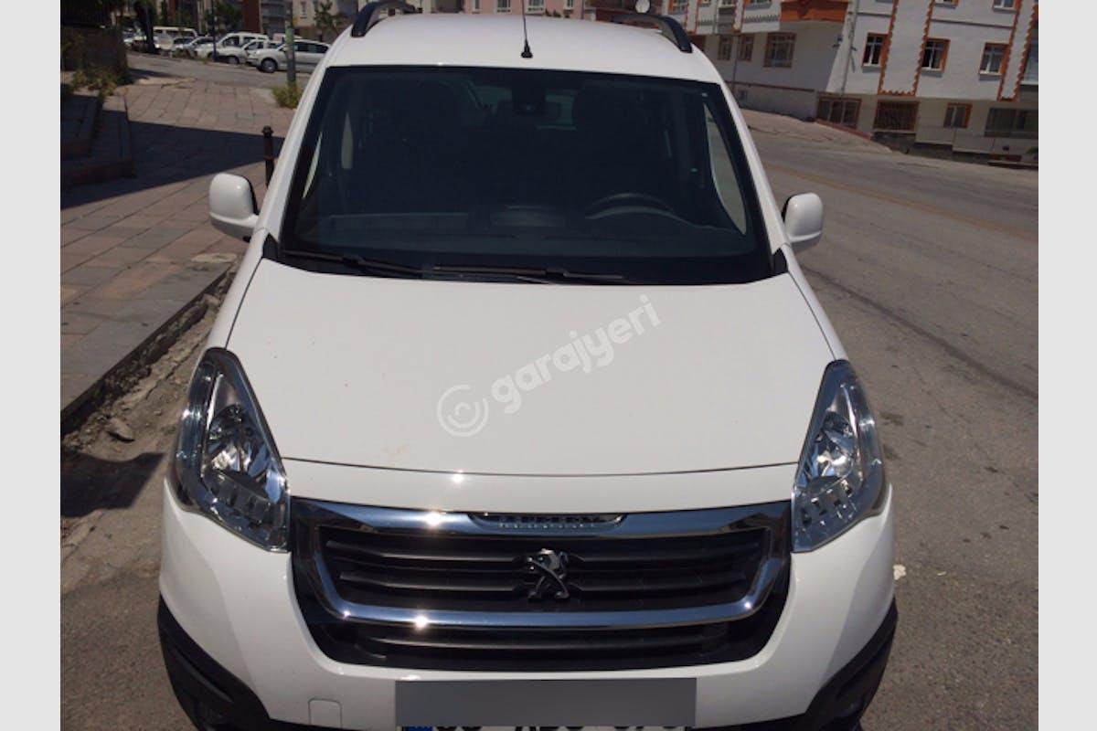Peugeot Partner Keçiören Kiralık Araç 7. Fotoğraf