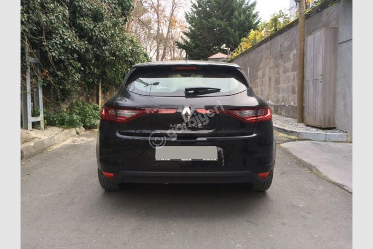 Renault Megane Sarıyer Kiralık Araç 5. Fotoğraf