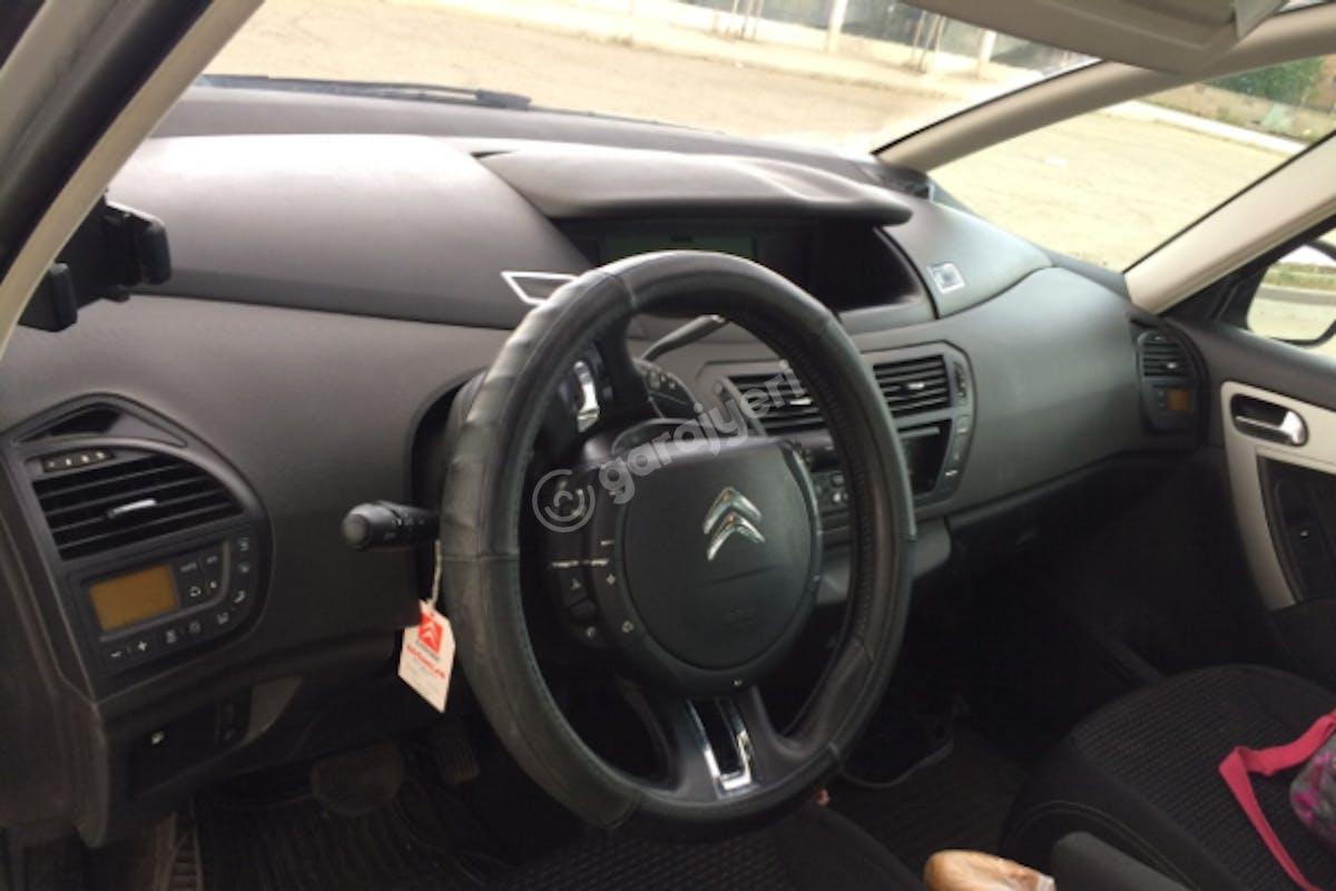 Citroën C4 Picasso Gölbaşı Kiralık Araç 3. Fotoğraf