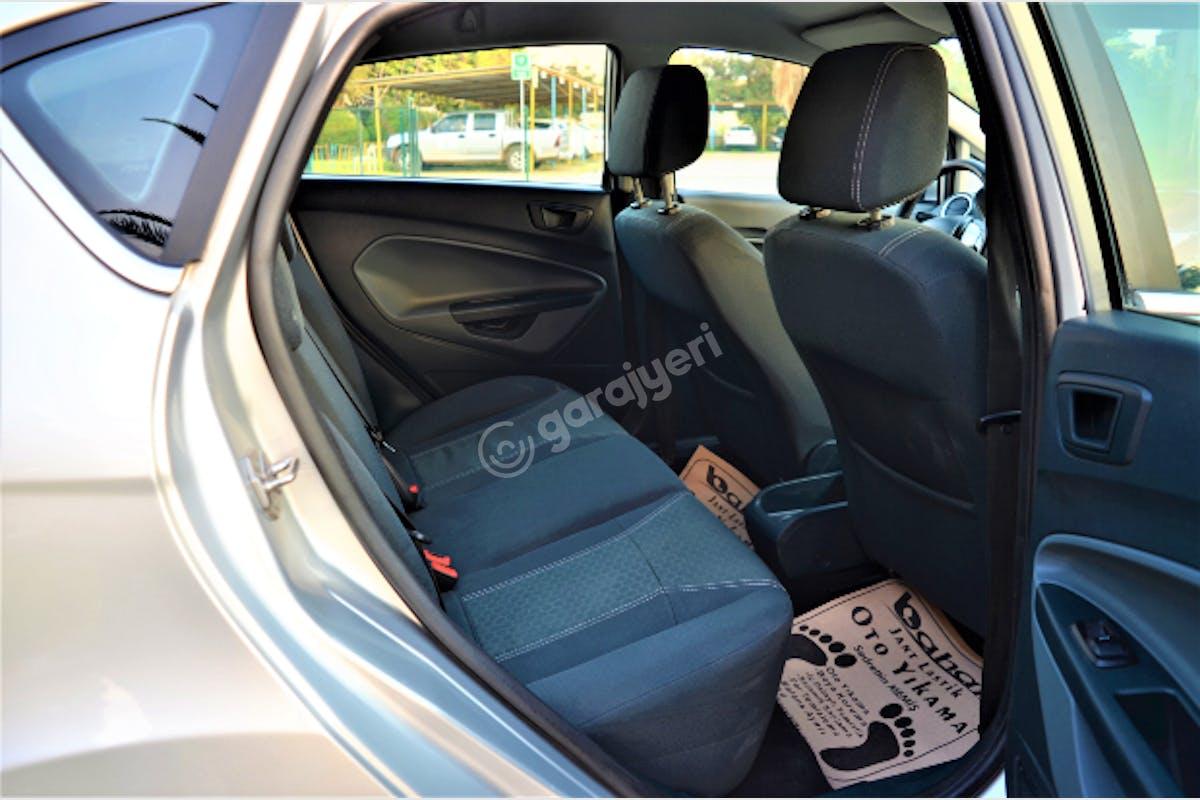 Ford Fiesta Mut Kiralık Araç 6. Fotoğraf