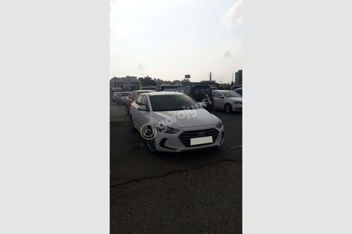 Hyundai Elantra Kartepe Kiralık Araç 1. Fotoğraf