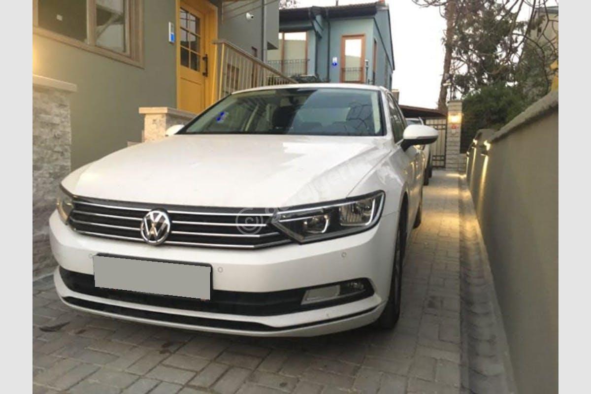 Volkswagen Passat Sarıyer Kiralık Araç 2. Fotoğraf