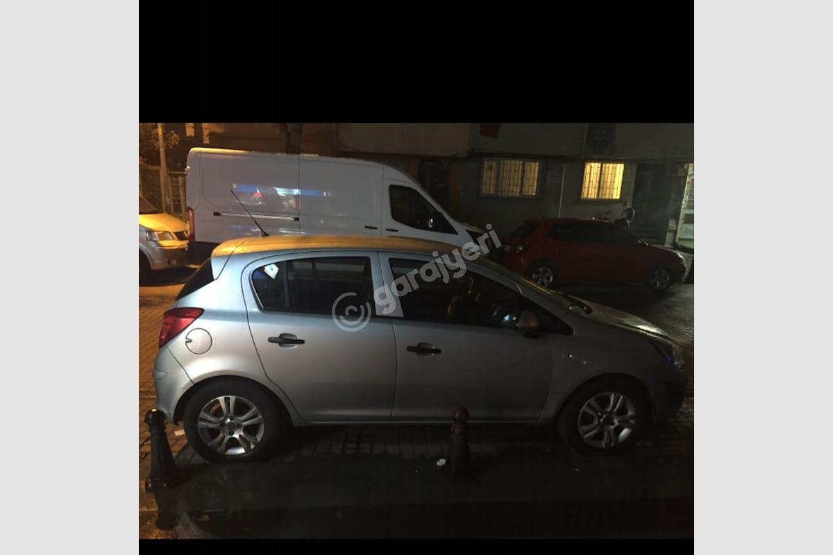 Opel Corsa Bayrampaşa Kiralık Araç 2. Fotoğraf