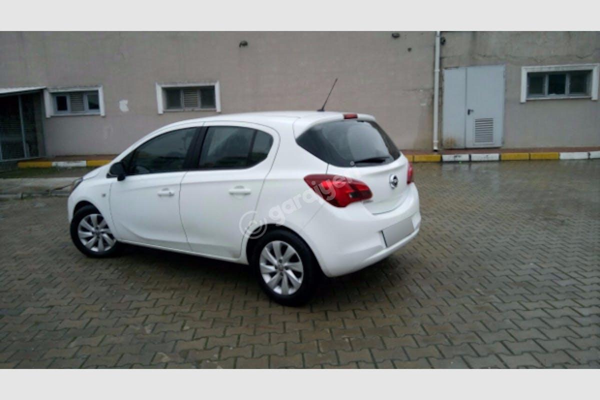 Opel Corsa Esenler Kiralık Araç 1. Fotoğraf