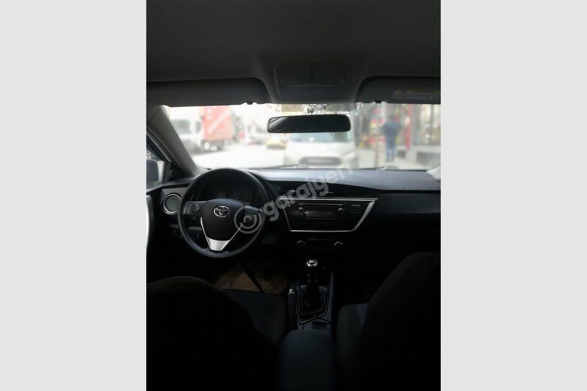 Toyota Auris Fatih Kiralık Araç 3. Fotoğraf